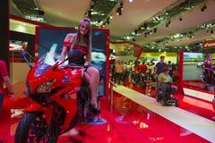 SALÃO DUAS RODAS - 12th Międzynarodowi motocykl, części i wyposażenie, Pokazujemy zdjęcie royalty free