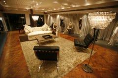 Salón de muestras lujoso del salón Imágenes de archivo libres de regalías