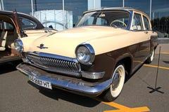 Salón del automóvil retro Imágenes de archivo libres de regalías
