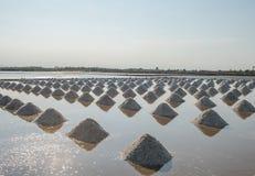Sal das pilhas salinas em Tailândia Foto de Stock