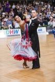 Sala balowa tana para, tanczy przy rywalizacją Zdjęcie Royalty Free