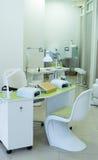 Sala bonita do tratamento de mãos em um salão de beleza moderno Fotografia de Stock Royalty Free