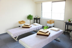 Sala da massagem Imagens de Stock Royalty Free