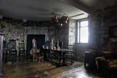 Sala da pranzo nel castello di Dunguaire Fotografia Stock Libera da Diritti