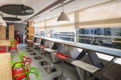 Sala da pranzo nell'edificio per uffici Fotografie Stock