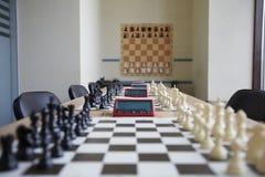 Sala de aula bem organizada da xadrez fotos de stock royalty free