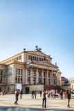 Sala de concertos (Konzerthaus) no quadrado de Gendarmenmarkt em Berlim Fotografia de Stock Royalty Free