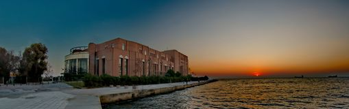 Sala de concertos perto de um mar Imagem de Stock Royalty Free
