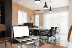 Sala de conferências interior, sala de reunião, sala de reuniões Imagens de Stock