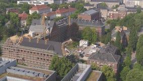 sala de conferencias aérea del TU Dresden del abejón 4K, universidad técnica metrajes