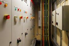 Sala de control eléctrica mecánica imágenes de archivo libres de regalías