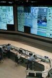 Sala de control en una fábrica de productos químicos Foto de archivo