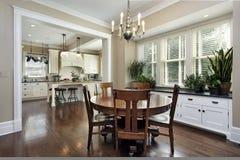Sala de desayuno en hogar de lujo Imagen de archivo libre de regalías