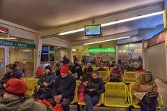 Sala de espera na estação de ônibus Imagem de Stock