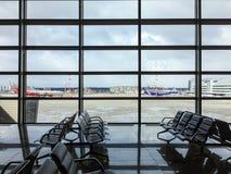 Sala de espera no aeroporto foto de stock