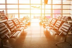 A sala de espera no aeroporto imagem de stock