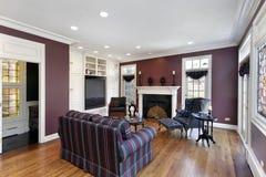 Sala de estar con las paredes marrón Imagenes de archivo
