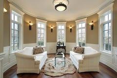 Sala de estar con los scones de la iluminación Fotografía de archivo libre de regalías