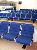 Sala de estar da partida do aeroporto   Foto de Stock