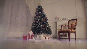 Sala de estar de la Navidad Nieve que cae almacen de video