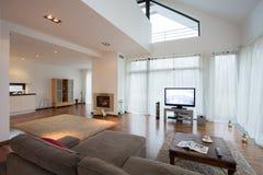 Sala de estar de lujo espaciosa Fotografía de archivo libre de regalías