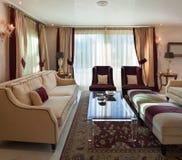 Sala de estar, diseño clásico Imagenes de archivo