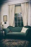 Sala de estar do vintage fotografia de stock royalty free
