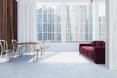 Sala de estar escandinava del estilo, sofá rojo, lado Foto de archivo libre de regalías
