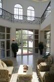 Sala de estar moderna de lujo Imagen de archivo libre de regalías