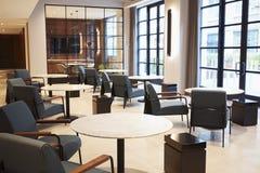 Sala de estar vazia que encontra a área da área em locais de negócio modernos fotografia de stock