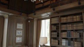 Sala de estudo europeia elegante histórica vídeos de arquivo