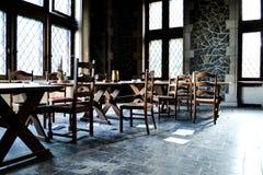 Sala de jantar abandonada misteriosa fotos de stock royalty free