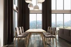 Sala de jantar branca, lado escuro das cortinas pretas Imagem de Stock Royalty Free