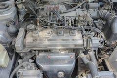 Sala de máquinas sucia del coche Fotos de archivo