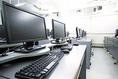 Sala de ordenadores Fotos de archivo