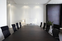 Sala de reunión moderna vacía Fotos de archivo