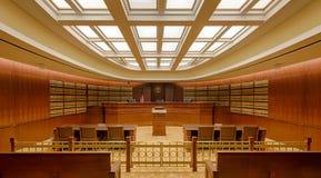 Sala de tribunal de la biblioteca Foto de archivo libre de regalías
