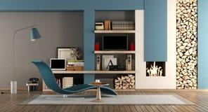 Sala de visitas azul e marrom com chaminé Fotos de Stock Royalty Free