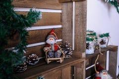 Sala de visitas bonita decorada para o Natal Imagens de Stock