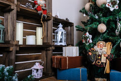 Sala de visitas bonita decorada para o Natal Fotografia de Stock Royalty Free