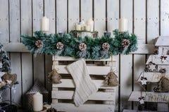 Sala de visitas bonita decorada para o Natal Imagens de Stock Royalty Free