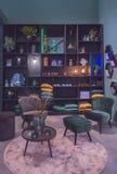 Sala de visitas com decoração home foto de stock