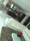 Sala de visitas da casa aberta Fotos de Stock Royalty Free