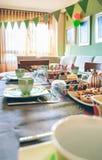 Sala de visitas decorada para o partido do café da manhã Imagem de Stock Royalty Free