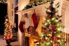 A sala de visitas do feriado ilumina a noite Foto de Stock