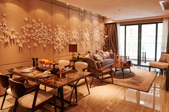 Sala de visitas moderna e espaço para refeições Imagem de Stock Royalty Free