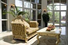 Sala de visitas moderna luxuosa imagens de stock