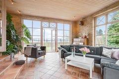 Sala de visitas telhada Fotografia de Stock Royalty Free