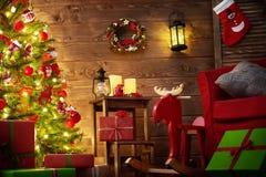 Sala decorada para o Natal Fotos de Stock