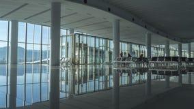 Sala di attesa nuovissima dell'aeroporto immagini stock libere da diritti